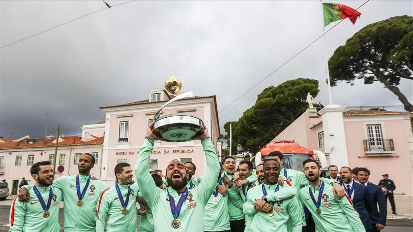 """O futsal conseguiu tocar o céu"" e Marcelo agradeceu ""a alegria"""