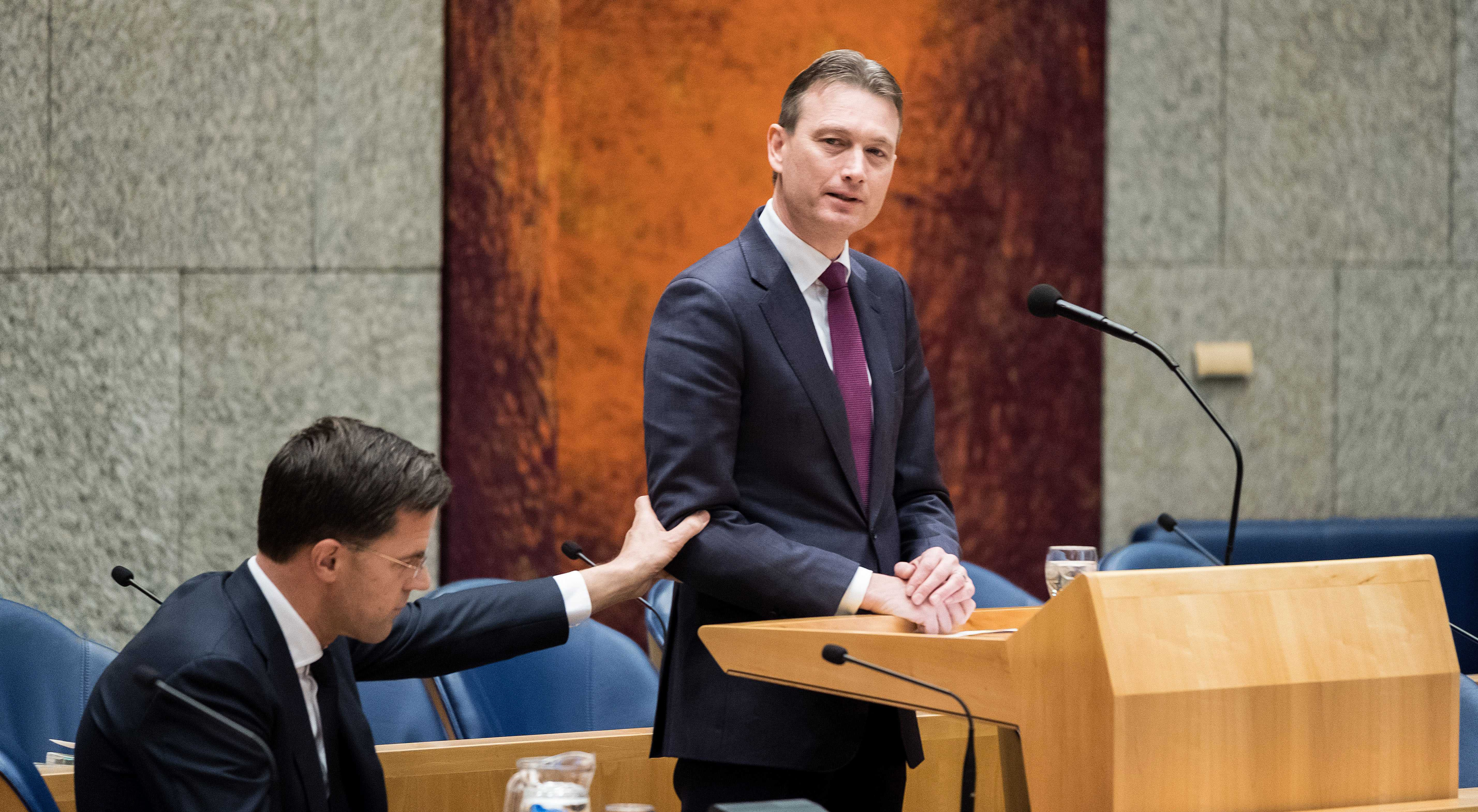Ministro holandês demite-se devido a mentira sobre reunião com Putin