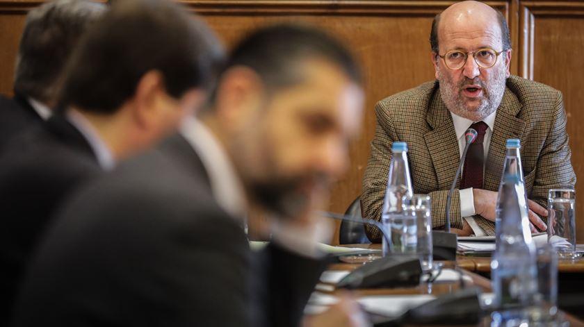 """Lítio. Ministro do Ambiente diz que anterior diretor-geral da Energia """"não tinha competência"""""""