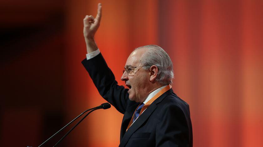 """Rui Rio quer PSD como alternativa a uma governação """"presa à extrema-esquerda"""""""
