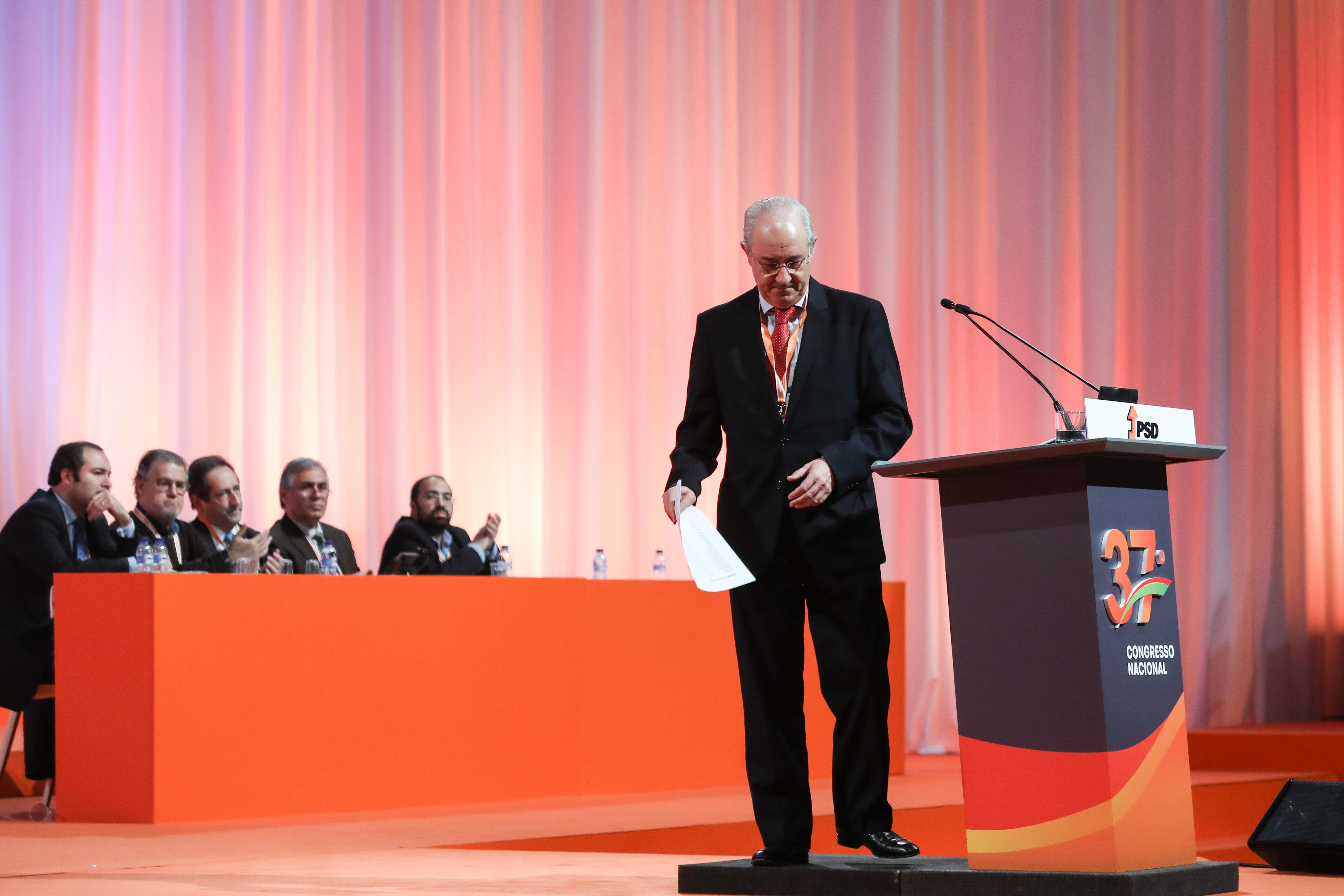 Fernando Negrão é candidato a líder parlamentar do PSD