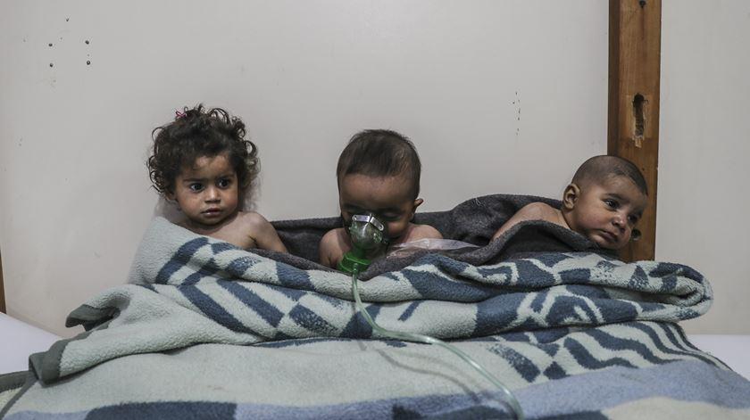 Síria: A ordem de cessar-fogo da ONU não foi respeitada. A da Rússia será?