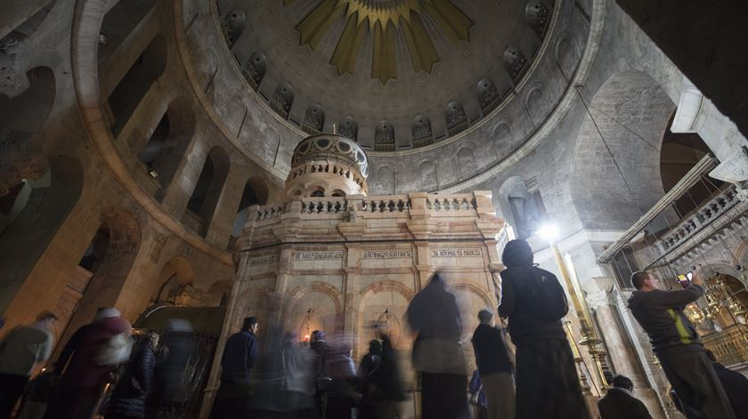 Santo Sepulcro reabre ao público depois de três dias de protesto
