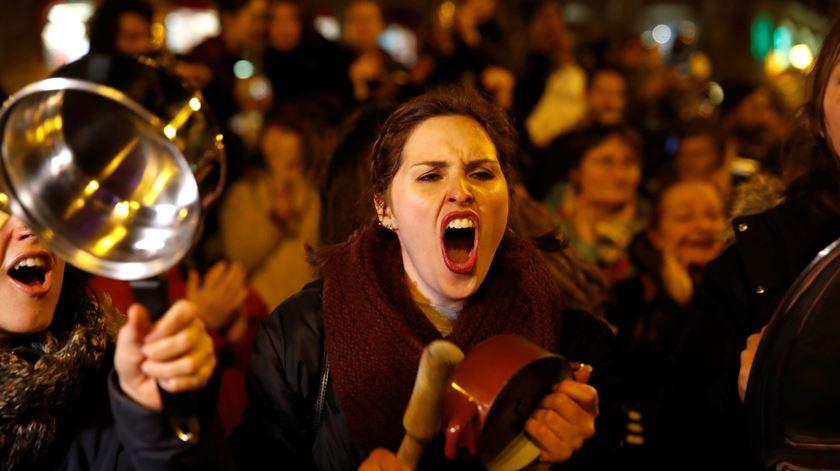 Madrid. Um protesto com panelas pelos direitos das mulheres