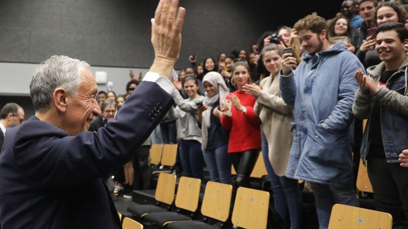 Dois anos de presidência de Marcelo celebrados em escola em Almada