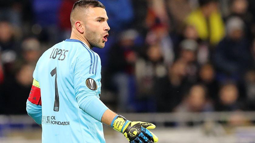 Lyon segue na Taça de França