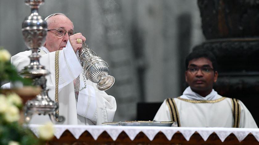 """Papa pede proximidade e """"padres de estrada"""""""