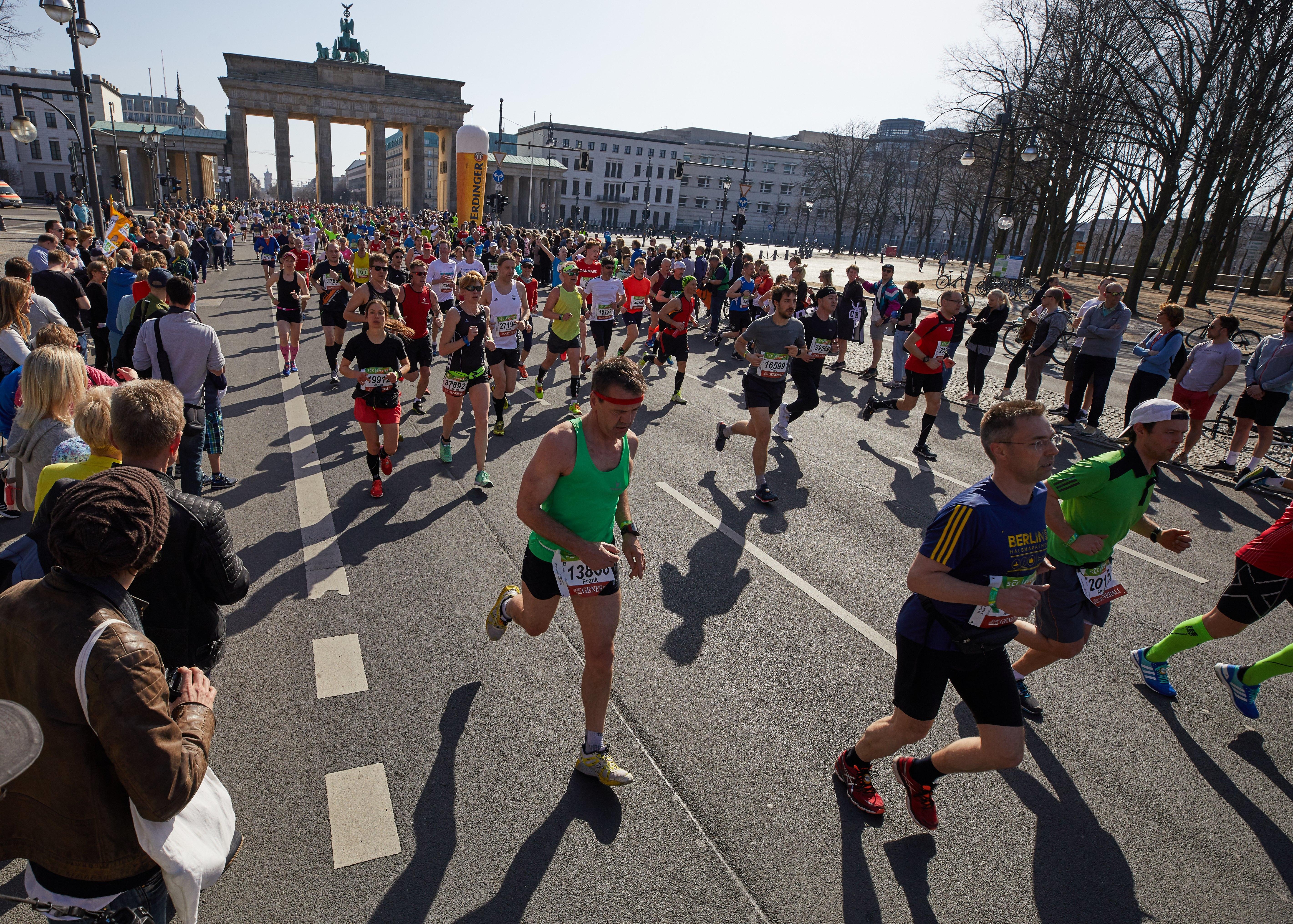 Polícia impede ataque à Meia Maratona de Berlim