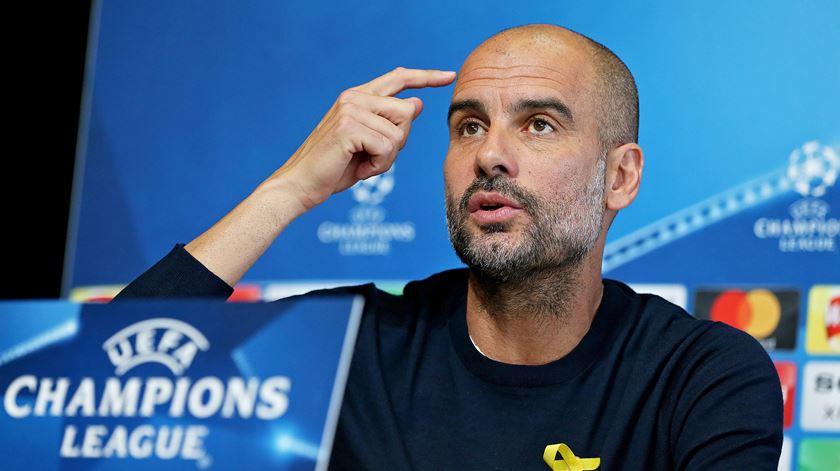 """Guardiola diz que """"tudo pode acontecer"""""""