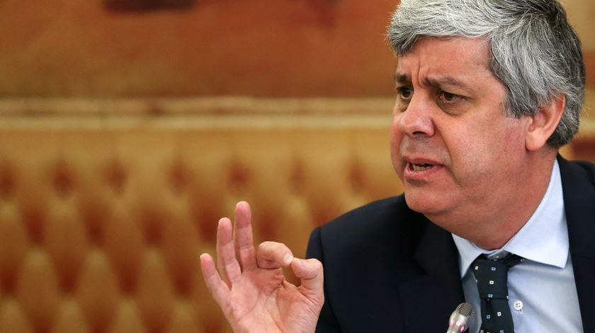 """Há """"folga orçamental""""? Centeno diz que não, BE diz que sim e pede que seja aplicada"""