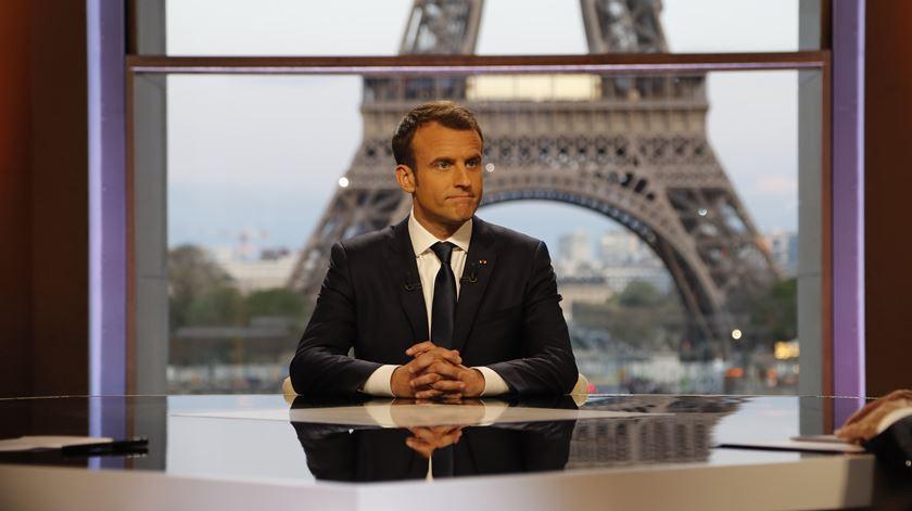 Como Macron convenceu Trump a não retirar tropas da Síria