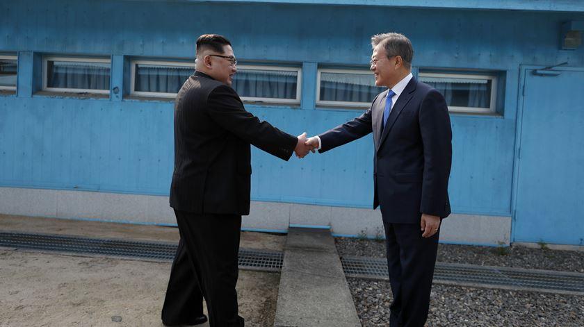 As primeiras imagens do encontro histórico entre as Coreias