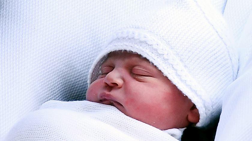 Príncipe Louis de Cambridge é o terceiro filho de Kate e William. Foto. Andy Rain/EPA