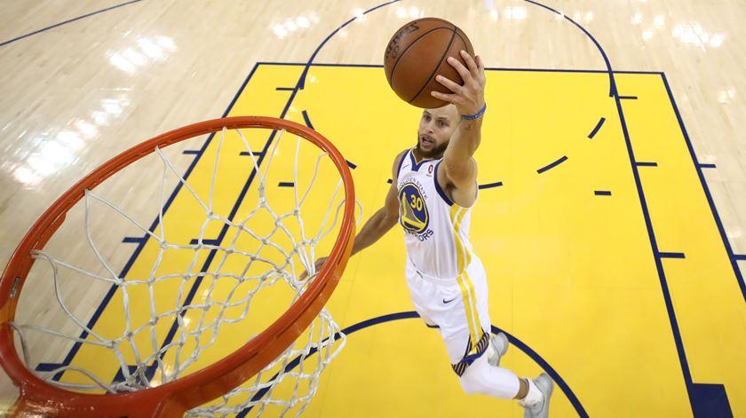 Warriors continuam processo de reabilitação na NBA