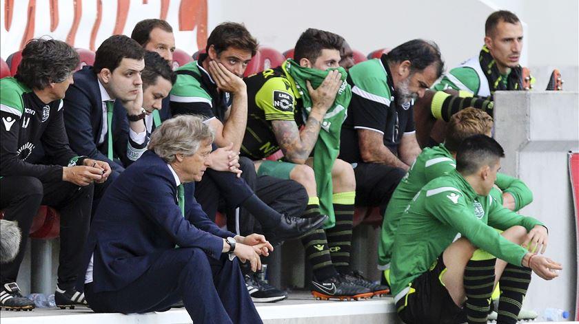 Jogadores do Sporting e equipa técnica podem avançar para a rescisão contratual por justa causa. Foto: Gregório Cunha