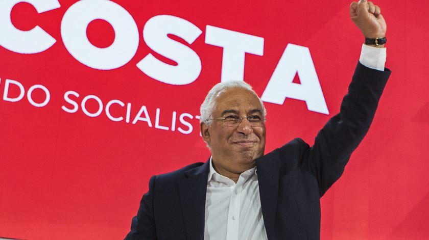 """Costa defende legalização da eutanásia. E a legislatura é para cumprir """"até ao último dia"""""""