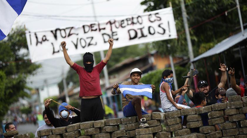 Desde abril já morreram 320 pessoas nos protestos contra o Governo de Daniel Ortega. Foto: Bienvenido Velasco/EPA