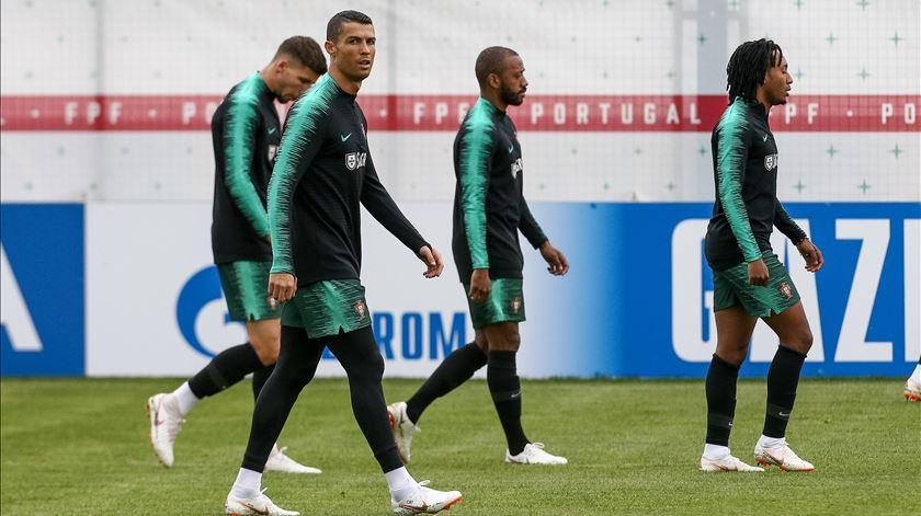 No sossego de Kratovo, Portugal prepara jogo contra uma Espanha em ebulição