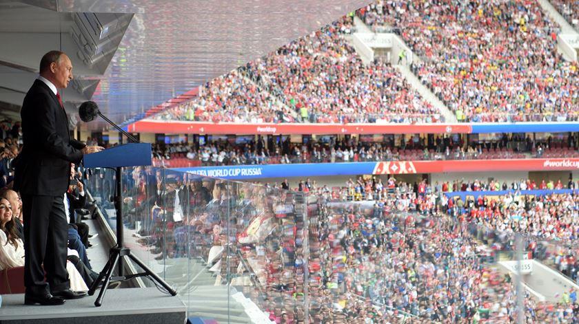 Putin discursa na abertura do Mundial. Foto: EPA