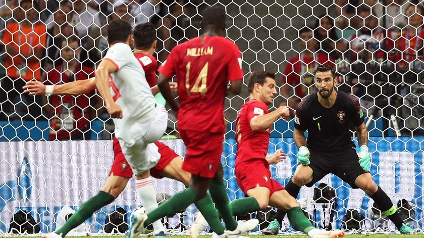 Diego Costa marca o golo do empate contra Portugal