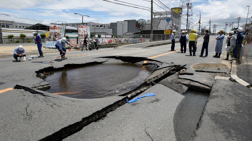 Sismo no Japão faz três mortos