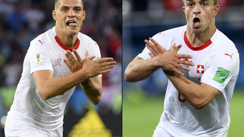 FIFA investiga festejos de Xhaka e Shaqiri
