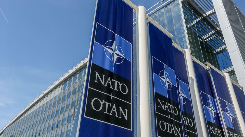 EUA/Irão. NATO discute crise em reunião extraordinária