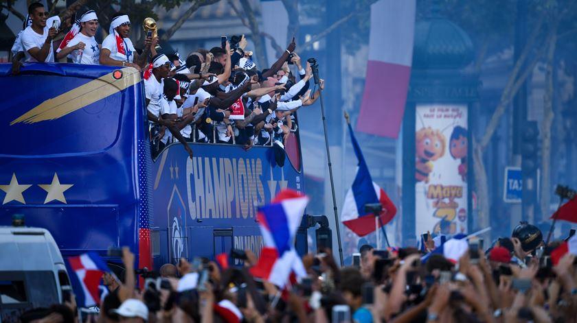 França em festa, parte 2. Os campeões do mundo regressaram a casa