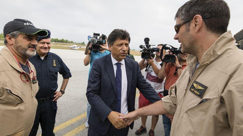 Se secretário de Estado não se demitir, tem de ser Costa a pedir exoneração a Marcelo