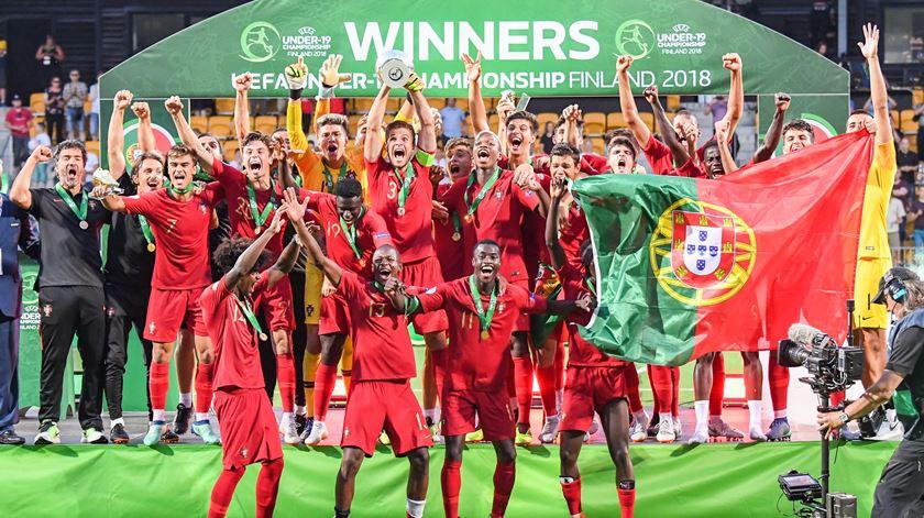 Portugal sagrou-se campeão europeu sub-19 pela primeira vez. Foto: Kimmo Brandt/EPA