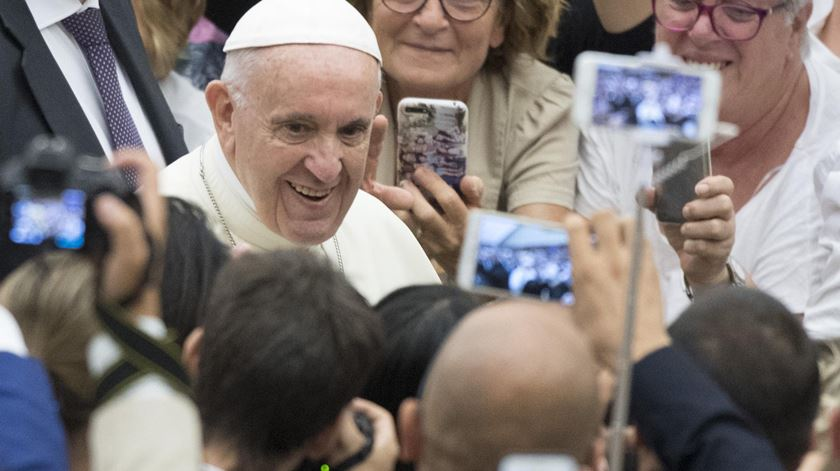 """""""Deixem-se ser surpreendidos por Jesus neste Natal"""", pede o Papa"""