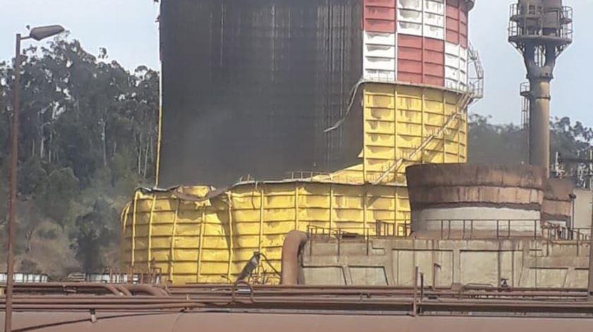 Explosão em fábrica no Brasil. Foto: EPA