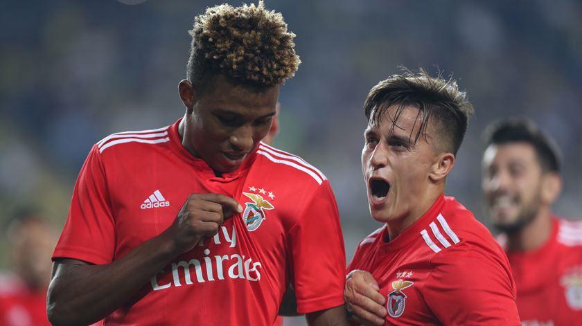Benfica empata em Istambul e está a dois passos da Liga dos Campeões