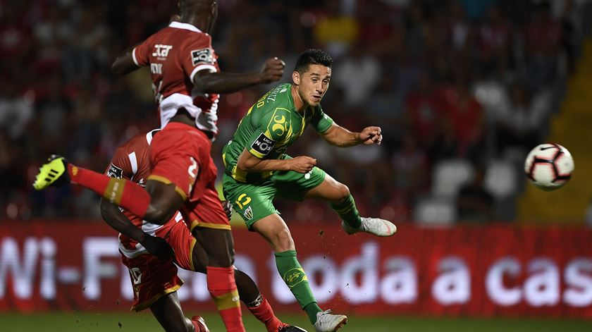 Aves e Tondela registam primeiro empate do campeonato