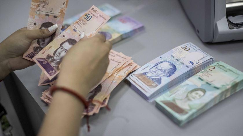 Venezuela. Três novas notas entram em circulação e uma vale mais que o salário mínimo
