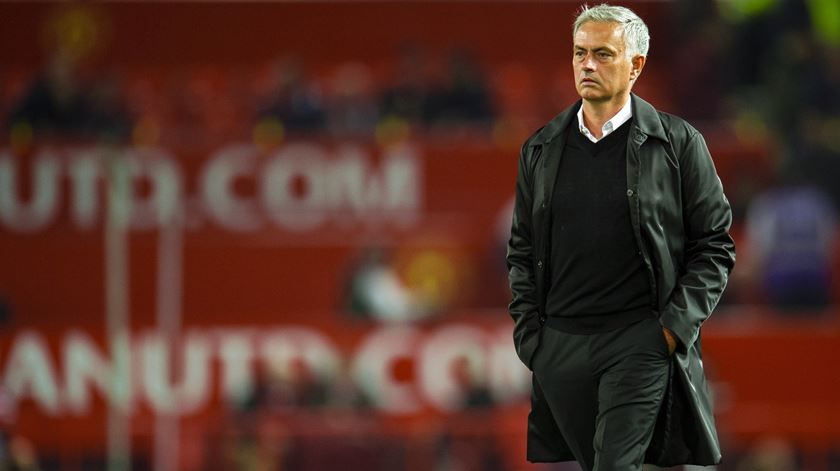 """""""Respeito"""". O pedido de Mourinho antes de abandonar conferência de imprensa"""