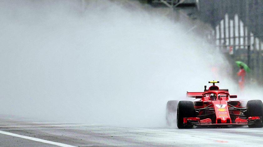 Raikkonen a arrasar, em Itália. Foto: Daniel Dal Zennaro/EPA