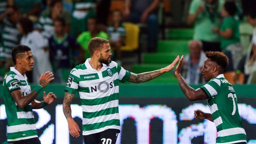 Castaignos assina póquer na vitória do Sporting em jogo-treino