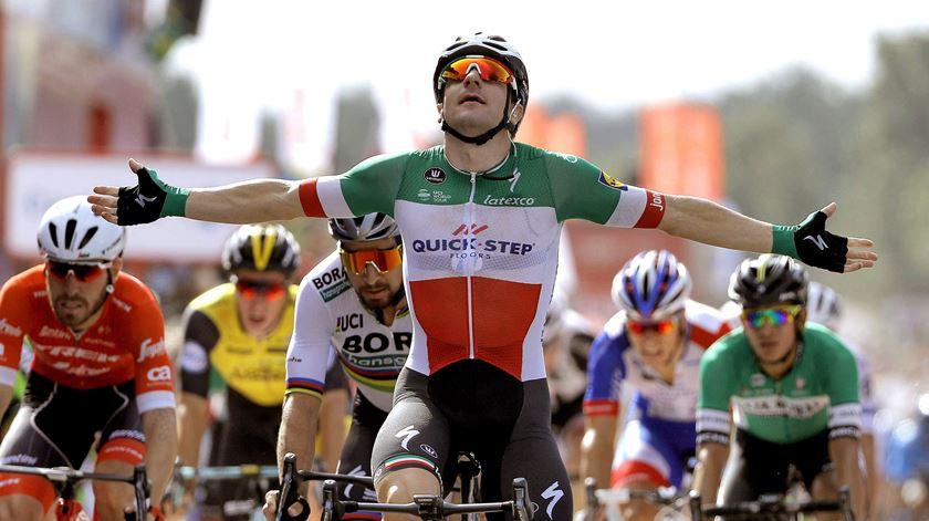 Viviani vence segunda etapa consecutiva da Volta à Suíça