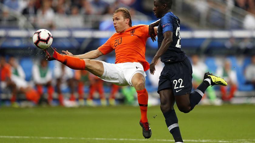 Liga das Nações. Holanda bate França e reabre discussão pela qualificação