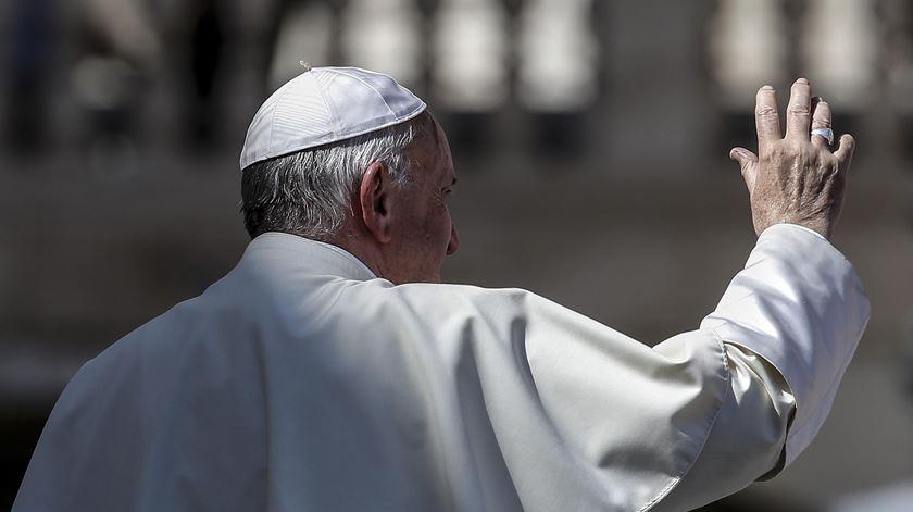 Em direto: Papa visita Estónia, um dos países menos religiosos do mundo