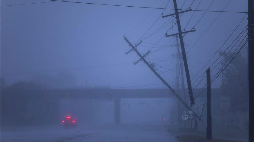 Costa sudeste dos EUA já sente os efeitos do Furacão Florence. Foto: EPA