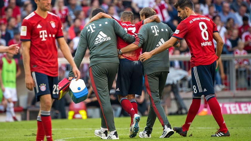 Rafinha, Bayern de Munique, lesionado. Foto: Marc Mueller/EPA