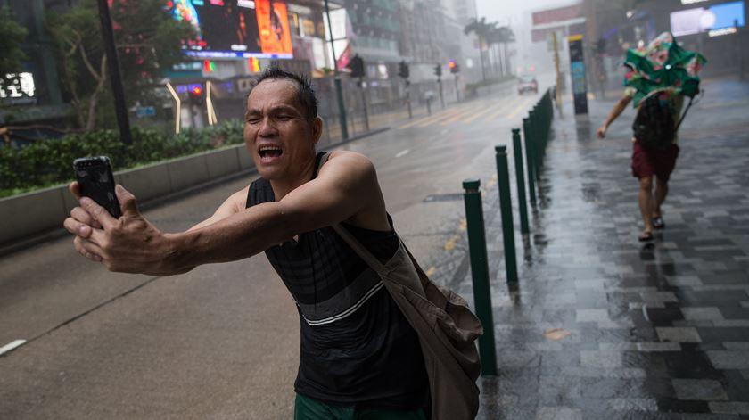 Das Filipinas a Macau. Tufão Mangkhut provoca estragos na Ásia
