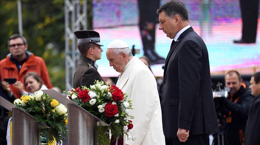 Papa na Letónia pede compromisso com a liberdade