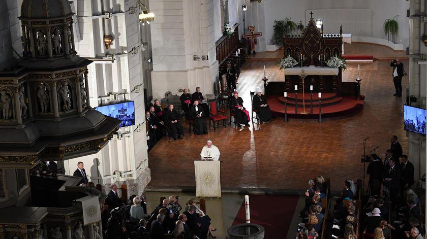 """Papa alerta para risco dos """"cristãos residentes"""" se tornarem """"turistas"""""""