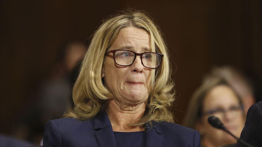 Christine Ford emociona-se ao recordar alegados abusos do juiz Kavanaugh