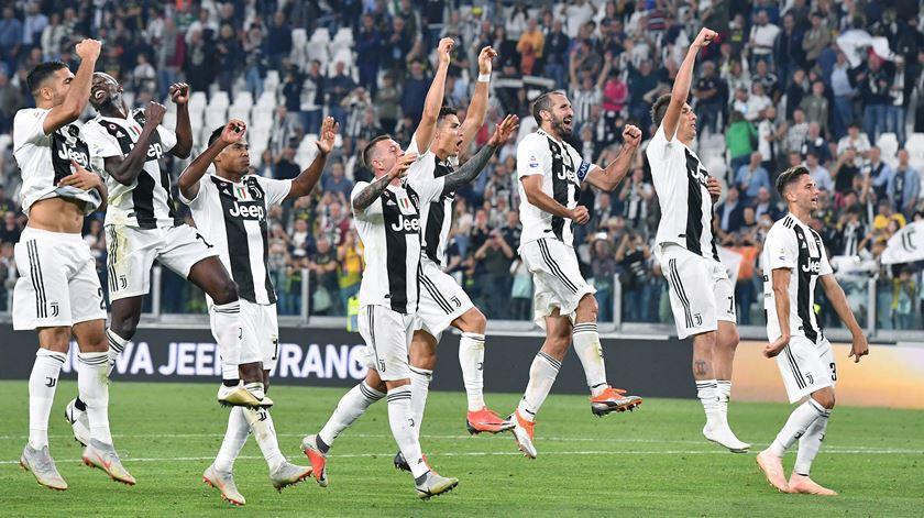 Ronaldo em risco de não ter adeptos da Juventus no jogo com o Milan