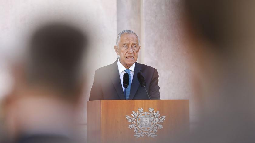 """Marcelo: """"Não há verdadeira democracia sem entidades estruturantes, como as Forças Armadas"""""""