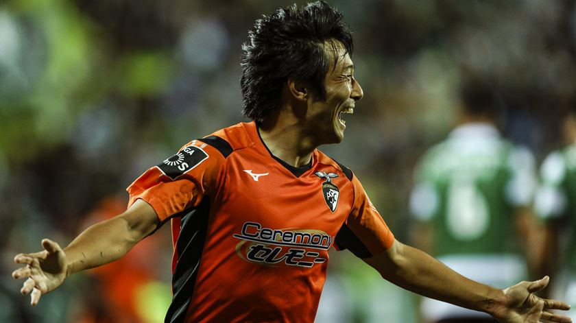 FC Porto atento a Nakajima descontente no Catar